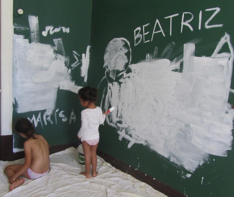 Pinturas 1 pintar de branco uma parede escura