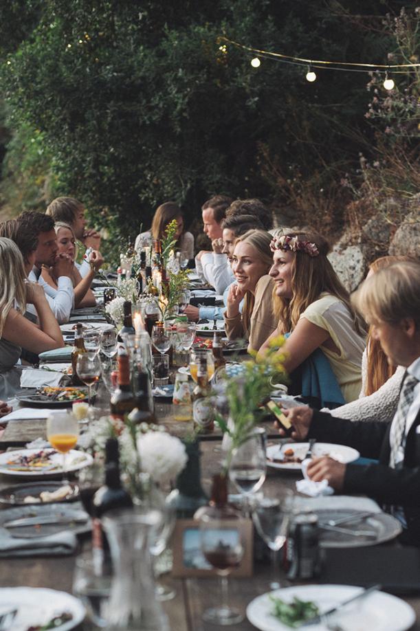 mesa com amigos