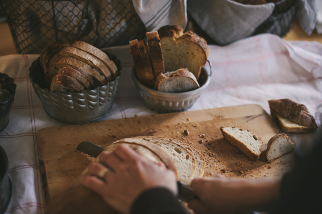 servir o pão