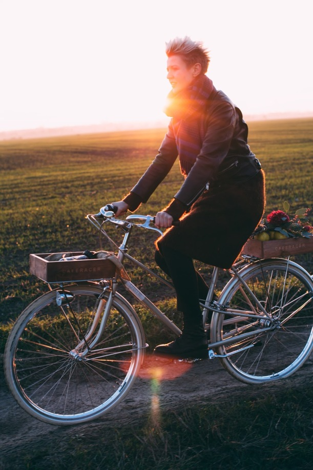 passeio-de-bicicleta-ao-por-do-sol