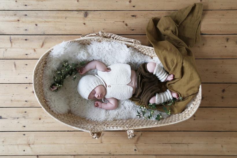 bebe-na-alcofa-saar-manche